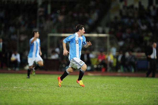 lazo jueves Comida sana  Video: Lionel Messi in new adidas adizero miCoach hype advert – SportLocker