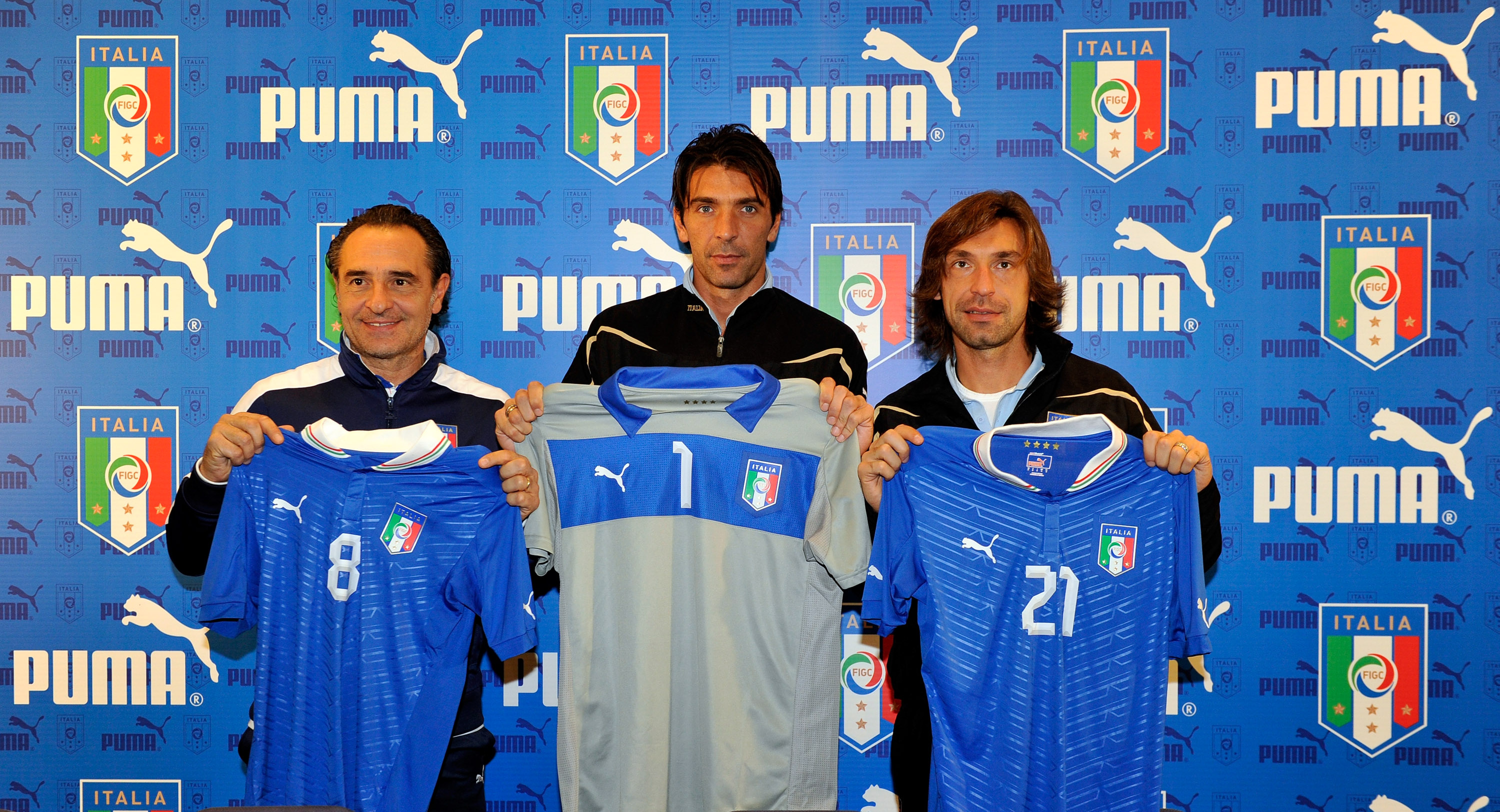 Sport-locker.net can reveal that PUMA have launched the new official home  kit of the Italian National Football ... ca0b2d9cc