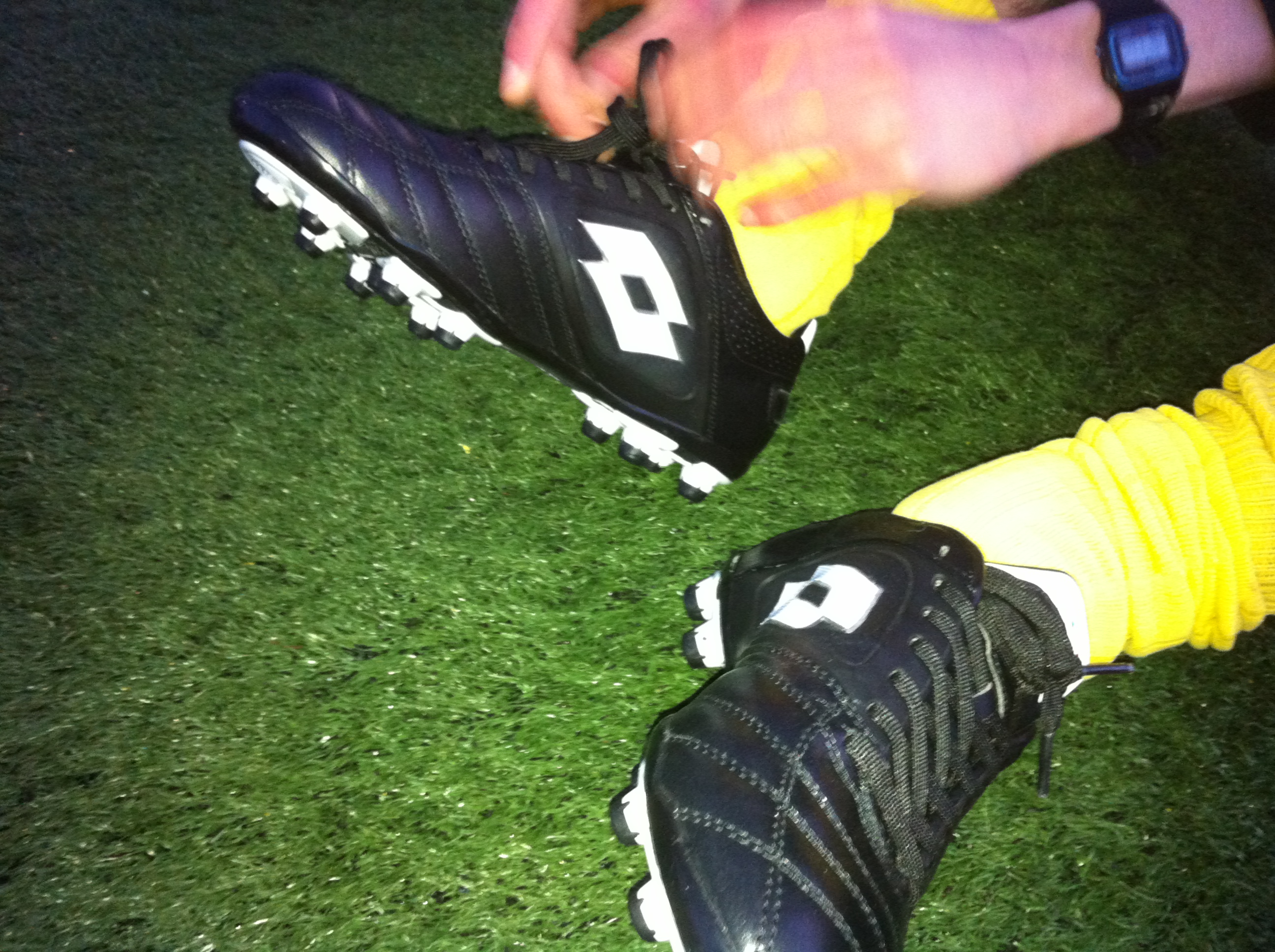 Football boot play test review: Lotto