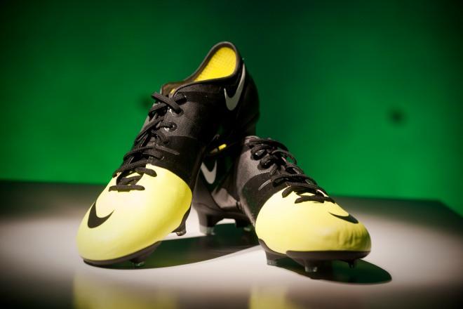 Ídolo a pesar de Probablemente  Nike GS football boots: Final Pairs Go On Sale! – SportLocker