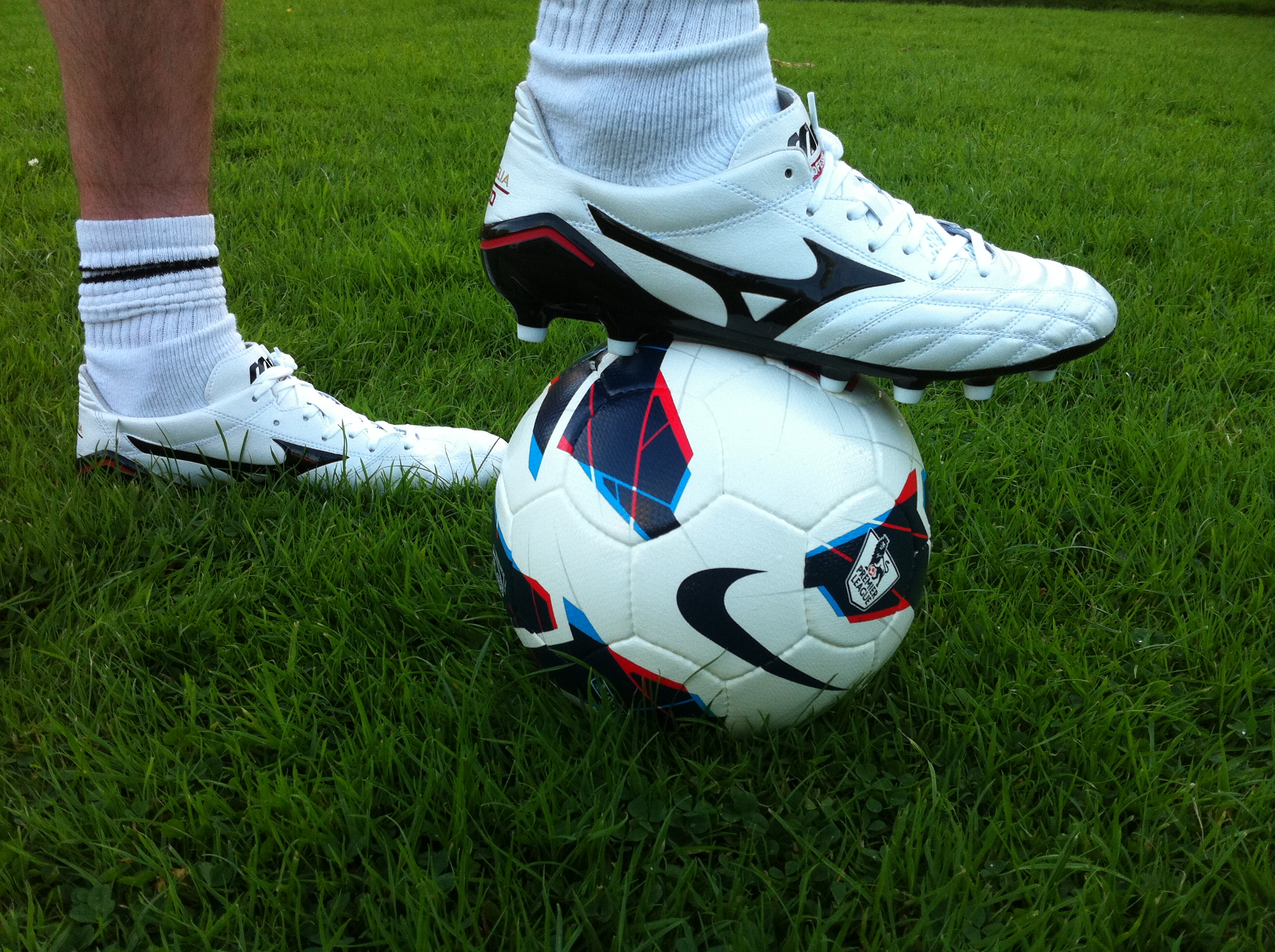 size 40 0af41 968a2 Football boot play test review: Mizuno Morelia Neo – SportLocker