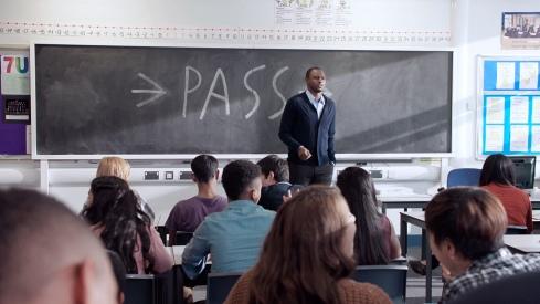Patrick_Vieira_in_classroom_1