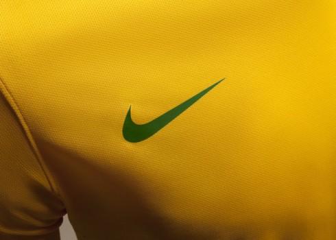 Nike_Football_Brazil_Home_Jersey_(2)_17109