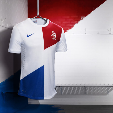 Nike_Football_Holland_Away_Jersey_(2)_17172