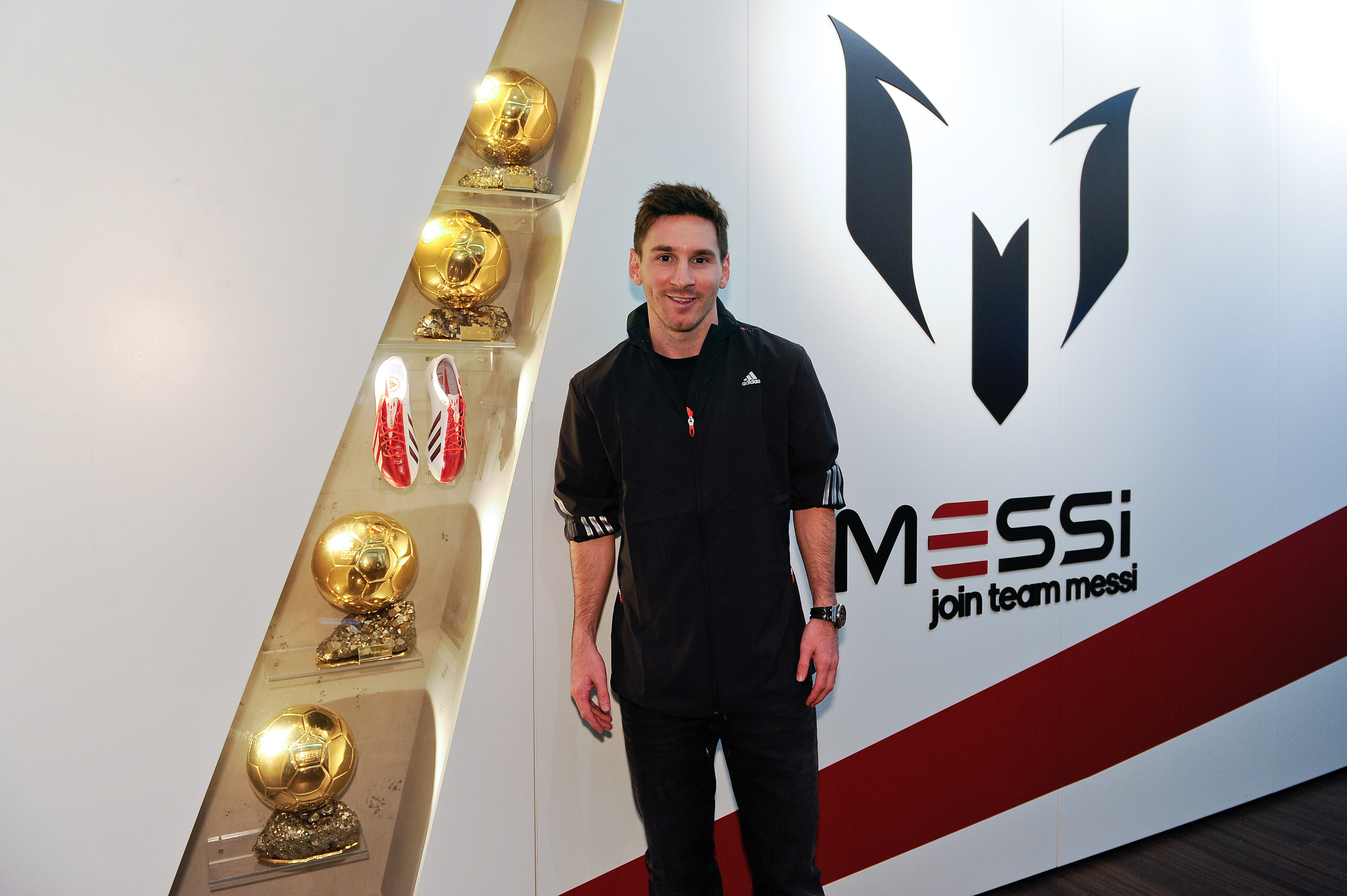 It Is A Rare Accolade  With Messi Joining A Very Small Group Of Iconic