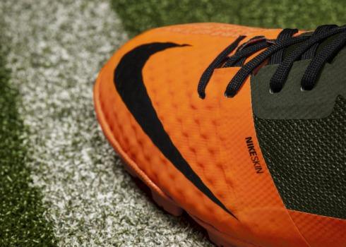Nike_Bomba_Finale_II_Detail_Toe_18058