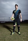 Olivier Giroud in the latest evoSPEED football boot.