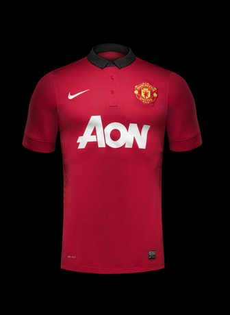 Fa13_FB_ClubKits_ManU_Authentic_Home_HERO_0345_20551