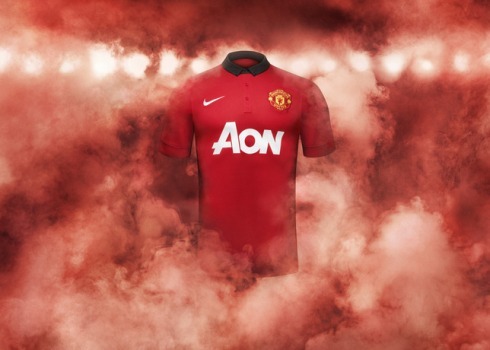 Fa13_FB_ClubKits_ManU_Authentic_Home_HERO_20549