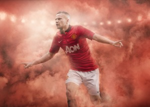 Fa13_FB_ClubKits_ManU_Home_Cleverly_20548