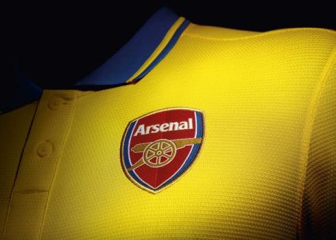 Fa_Su13_Match_Arsenal_A_Crest_21352