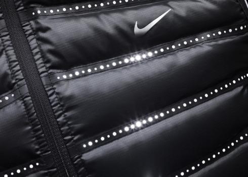 Nike_Aeroloft_800_Vest_Detail_1_21655