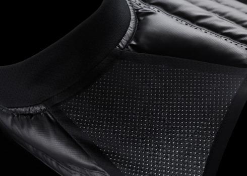 Nike_Aeroloft_800_Vest_Detail_3_21654