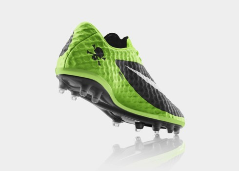 FA13_FB_IS_Hypervenom_HeelUp_C_V1_RGB_22849