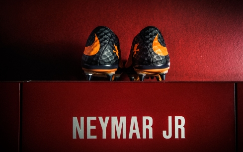 Neymar_lockerroom_22026