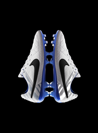 Global_Football_TiempoLegend_Butterfly_26180