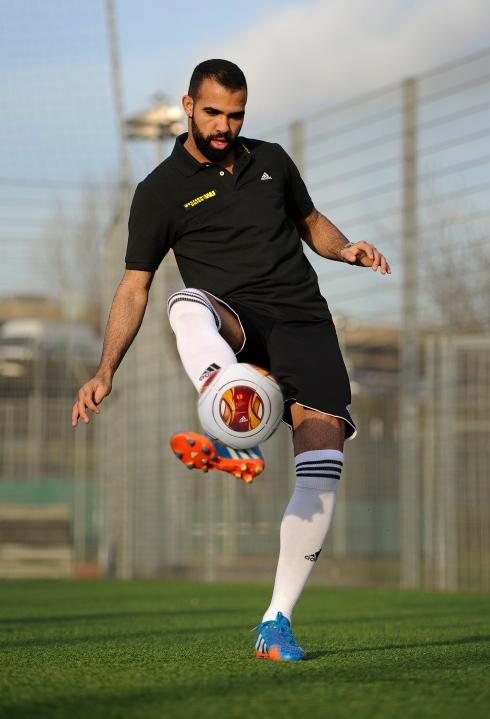Soccer - Sandro - Western Union