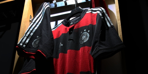 Germany Fed Kit Away Image 01