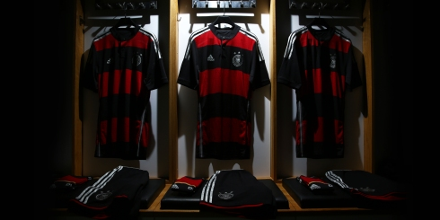 Germany Fed Kit Away Image 02