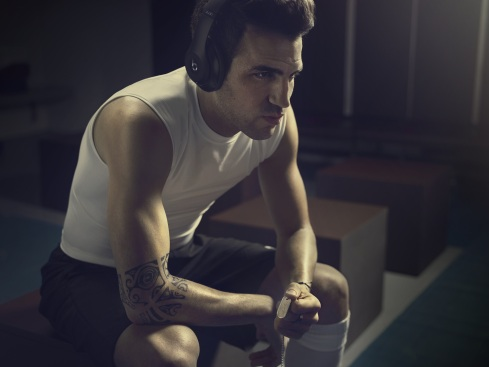 Cesc x Beats Hear What You Want (2)