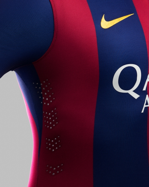 Su14_Match_Barcelona_home_laserventing_29808