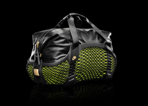 Sp14_WorldCupBag_3Qtr_HR_29991