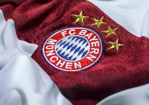 ADI_T1_CR_Bayern_Mu¦ênchen_away_MOB_Crest