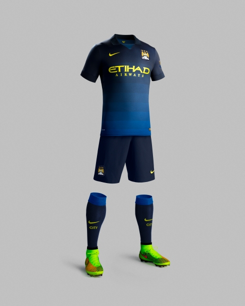 Fa14_Match_Manchester City_PR_A_Full_Body_R