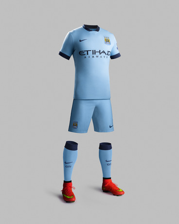 Fa14_Match_Manchester_City_PR_H_Full_Body_R_31161