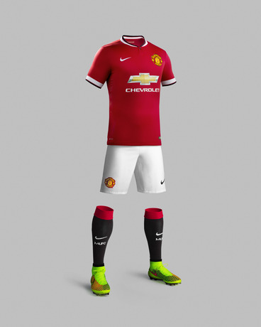 Fa14_Match_Manchester_United_PR_H_Full_Body_R_31138