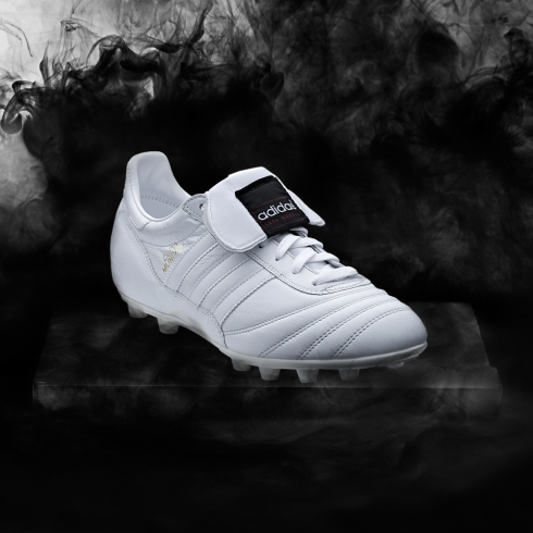 Adidas_Football_B&W_Instagram_Hero_02
