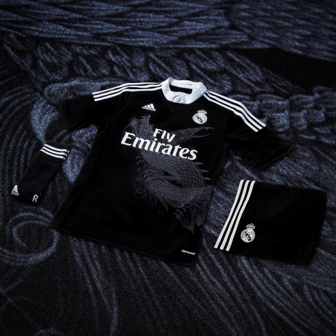 Adidas_Football_Real_Madrid_3RD_PSD_Hero_INSTAGRAM_01