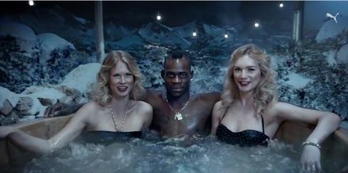 Balotelli hot tub