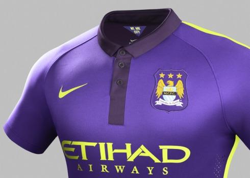 Ho14_Match_Manchester_City_PR_3rd_Crest_Gr_R_33205