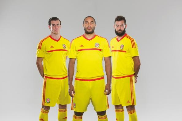 Away_Adidas_FED2014_CARDIFF_PR_0306 AW_72dpi