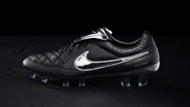 6647419018 NIKE unveil Tiempo Legend V Premium Limited Edition football boots ...