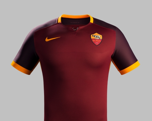 Fa15_Club_Kits_PR_Match_Front_H_AS_Roma_R_42842