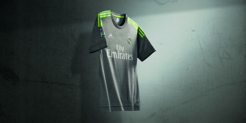 PR_RealMadrid_Hero_Away_2x1
