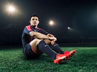 Sergio Aguero wears the new PUMA evoSPEED SL Football Boot_8
