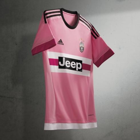 Clubs_FW15_Juventus_Away_square