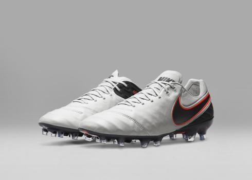 Nike_Football_TIEMPO_LEGEND_E_49163