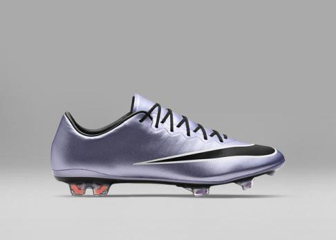 SP16_FB_LIQUID_CHROME_MERCURIAL_VAPOR_FG_648553_580_A_49968