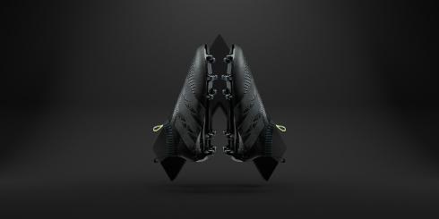 adidas_DarkSpace_LacelessAce_02